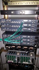 De achterzijde van de diverse ontvangers van PI6TAV.