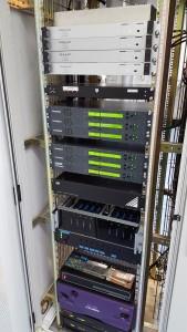 De diverse analoge en digitale ontvangers van PI6ATV.